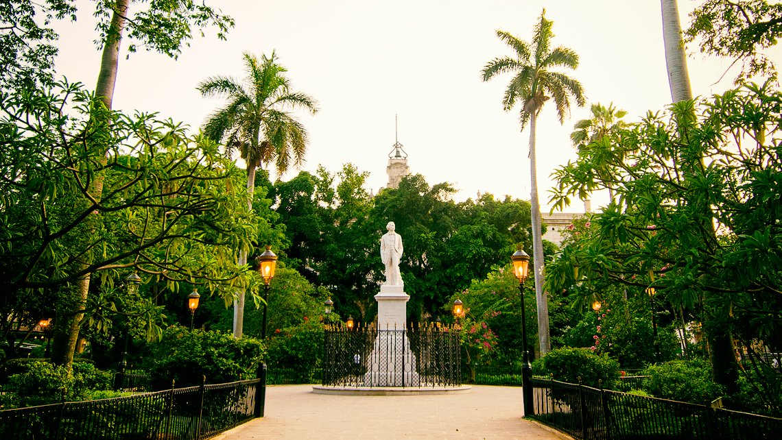 Plaza de Armas de La Habana Vieja - Blog de Viaje por Cuba