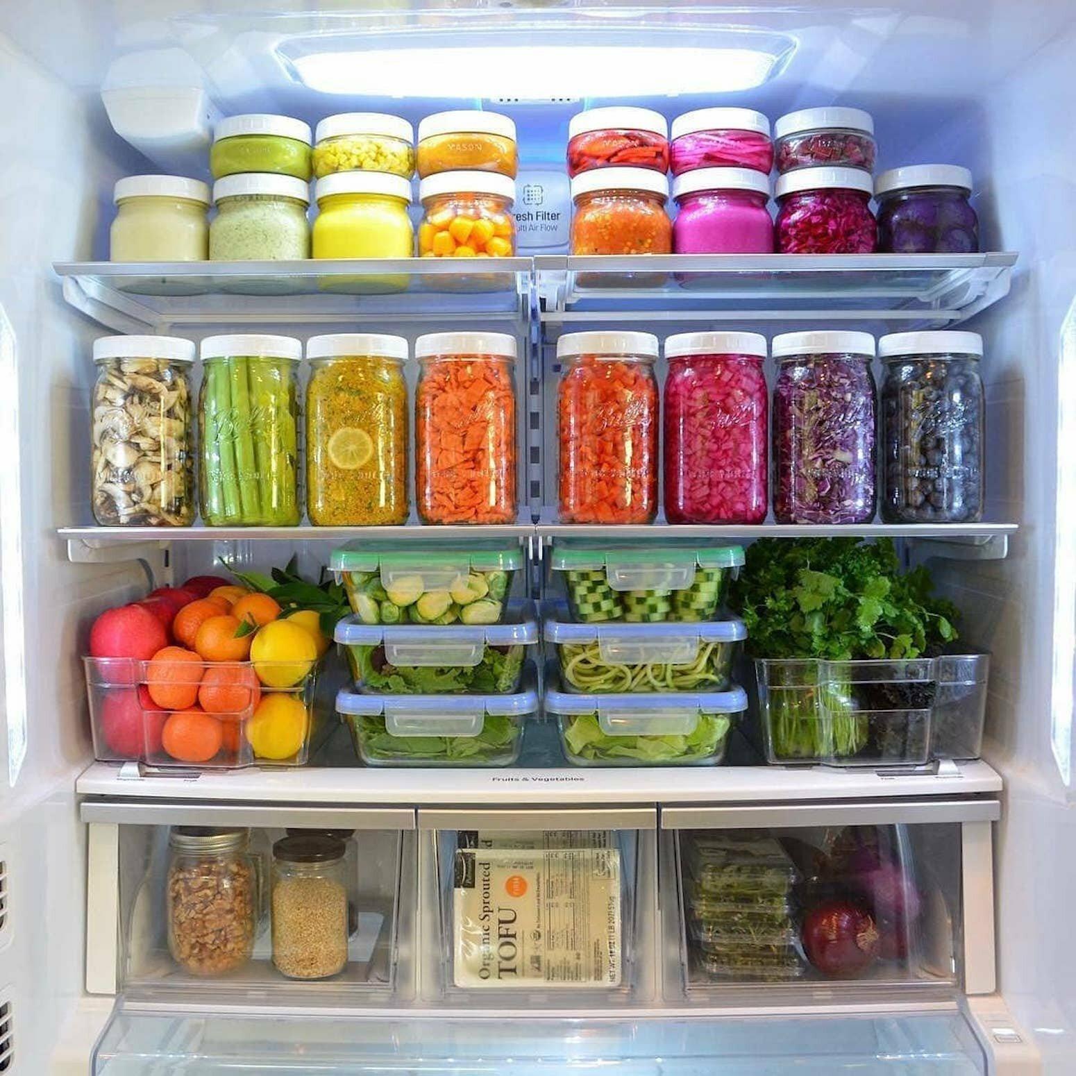 Порядок в холодильнике: правила и идеи хранения продуктов