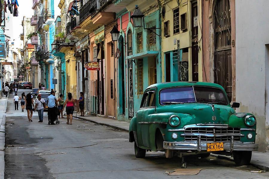 Calle Obispo Cuba