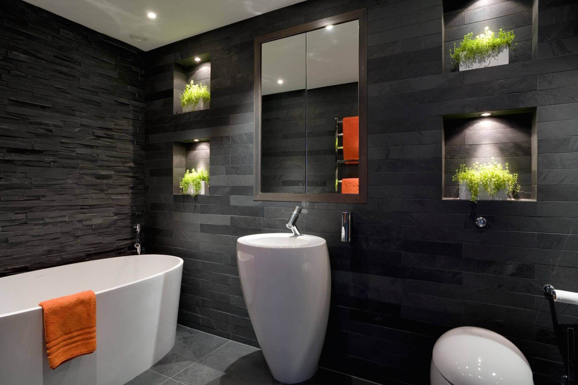 Дизайн ванной комнаты черных тонах
