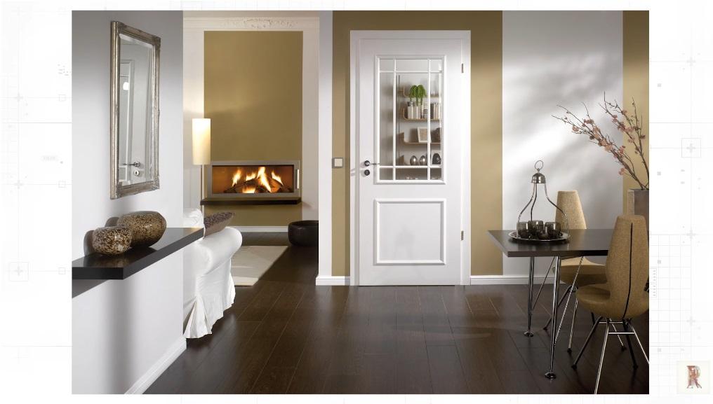 Белый плинтус и белые двери