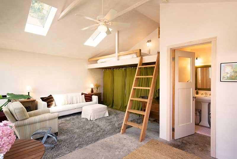 Зонирование комнаты на спальню и гостиную фото 3